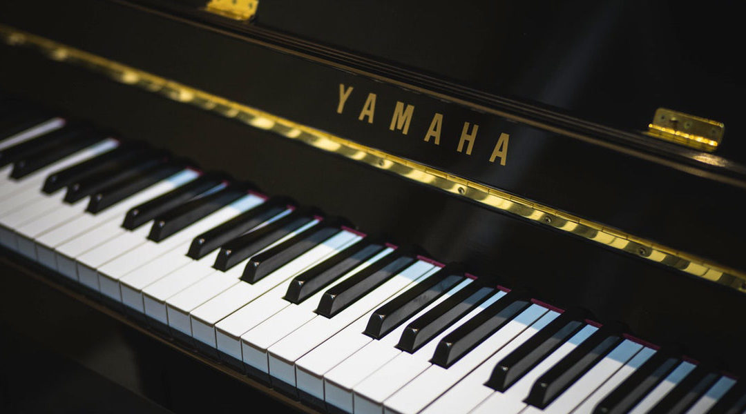 Keyboards & Piano