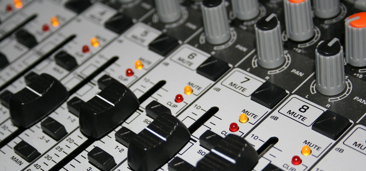 Amplifier Audio Mixer shop dealer in Dwarka Delhi